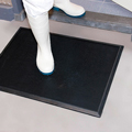 Superior Manufacturing NoTrax® 346S2432BL Black Disinfectant Mat